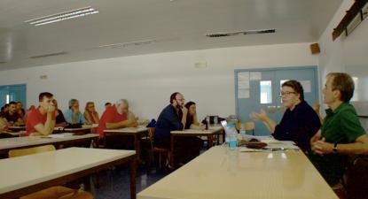 """Heitor de Sousa, deputado do Bloco, e Helena Amaro, investigadora da Faculdade de Arquitectura do Porto, na sessão """"Rede Nacional de Transportes Públicos"""", Socialismo 2018, Leiria."""