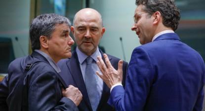 Euclides Tsakalotos, Pierre Moscovici e Joren Diejsselbloem. Fonte: A l'encontre.