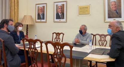 Catarina Martins e Moisés Ferreira em reunião com a Associação Portuguesa de Medicina Geral e Familiar
