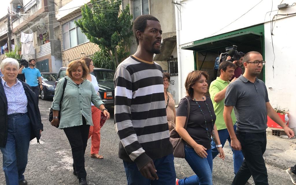 Catarina Martins em visita ao Moinho da Juventude. Foto de Paulete Matos.